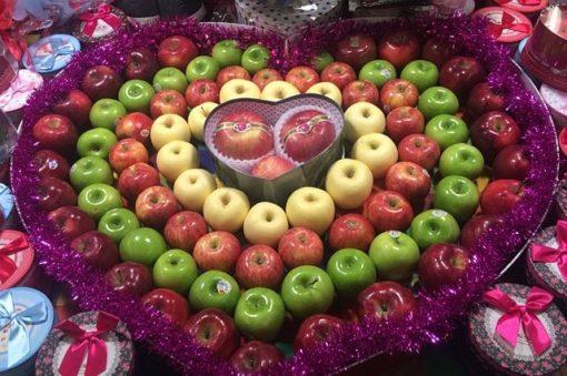 中国ではクリスマスイブにりんご